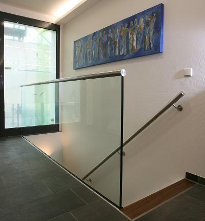 Absturzsicherung Treppe geländer glastüren
